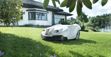 Robomow RM510 Review - Is this Robotic Lawn Mower a Good Buy?
