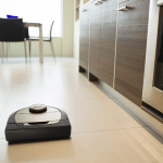 Neato Botvac D7 Connected vs. Roomba 690: Which Should You Buy?